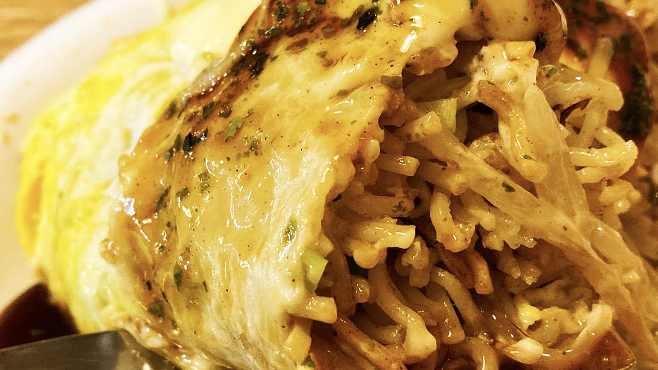 リピ続出の味わい♪永山「広島風お好み焼 一番」のオムソバを食す♪