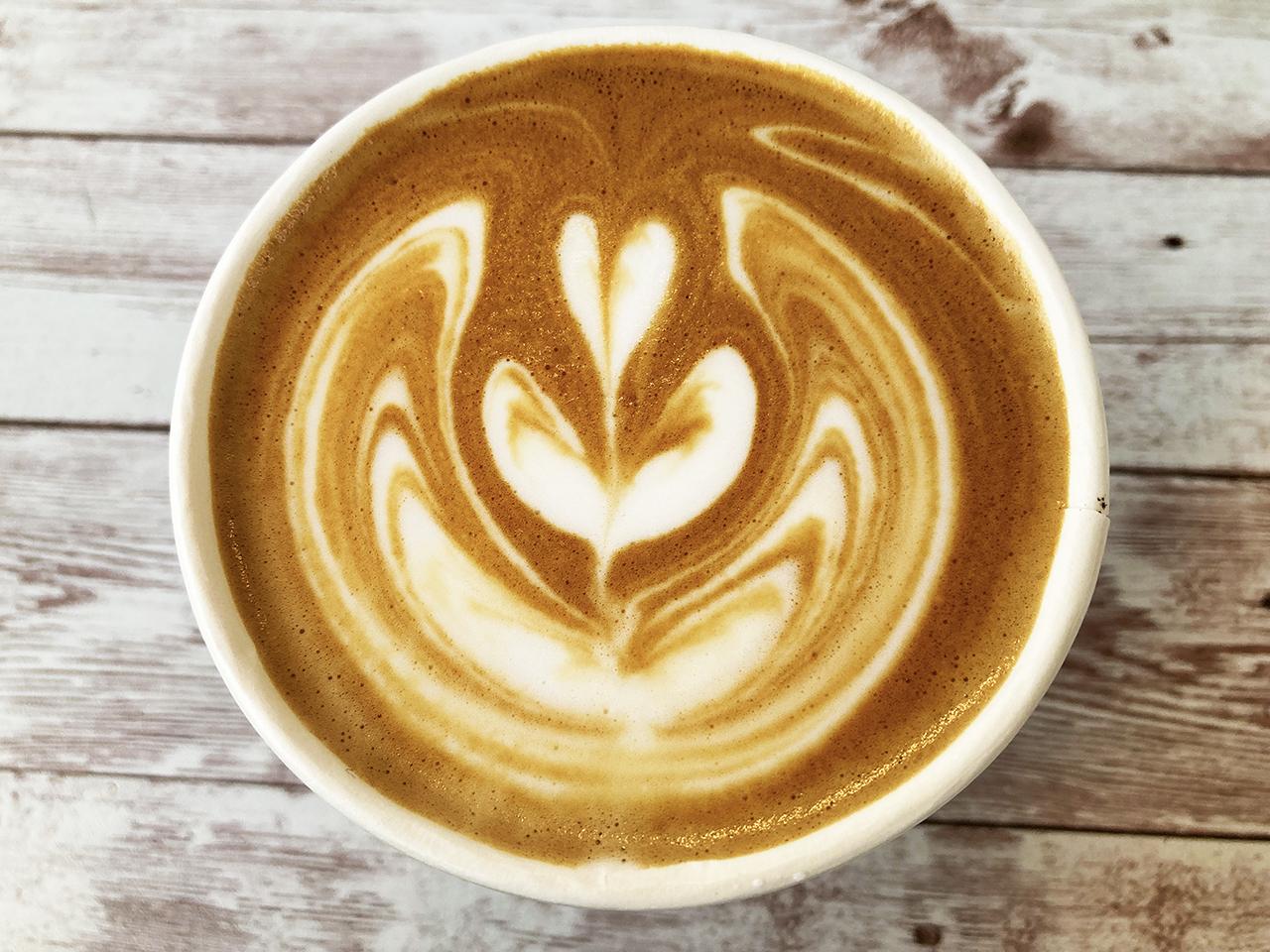 ラテアートも楽しみなOkei coffeeのキッチンカーへ行ってきました!